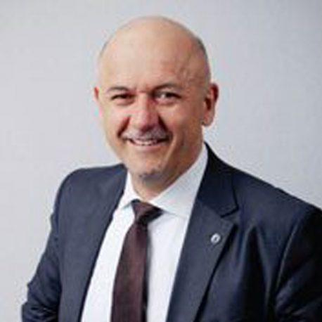 Mr. Károly Kovács
